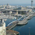 El puerto de Barcelona en España